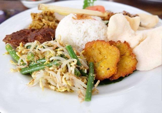 Nasi Campur - Makanan Khas Bali
