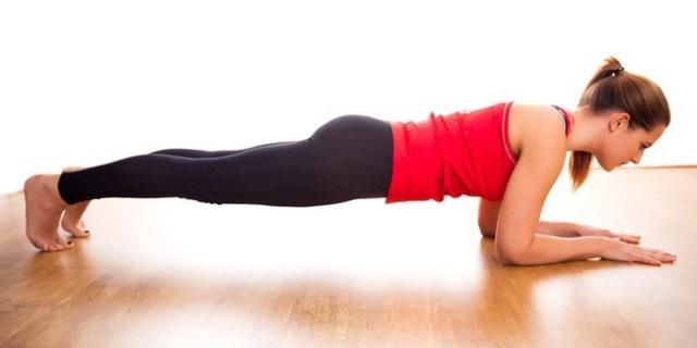 gerakan elbow plank