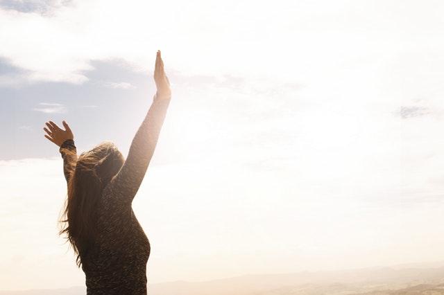 cara move on dari gebetan - memaafkan