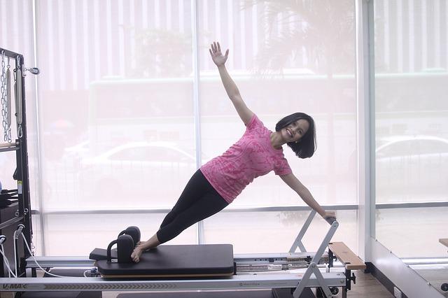 olahraga mengecilkan lengan - pilates
