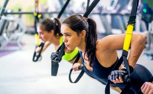 olahraga mengecilkan lengan - trx