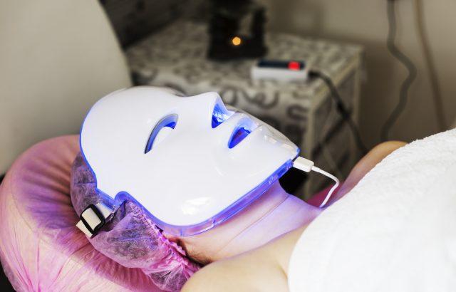 Cara Memuluskan Wajah - Photodynamic Therapy