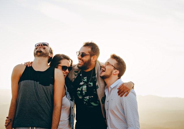 Cara Menghilangkan Stres Pikiran - Lakukan Kegiatan Bareng Orang-Orang Tersayang