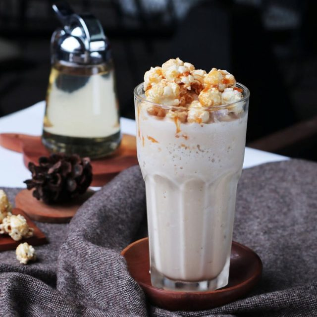 Kopi Terenak Kekinian di Jakarta - Caramel Cookie Corn