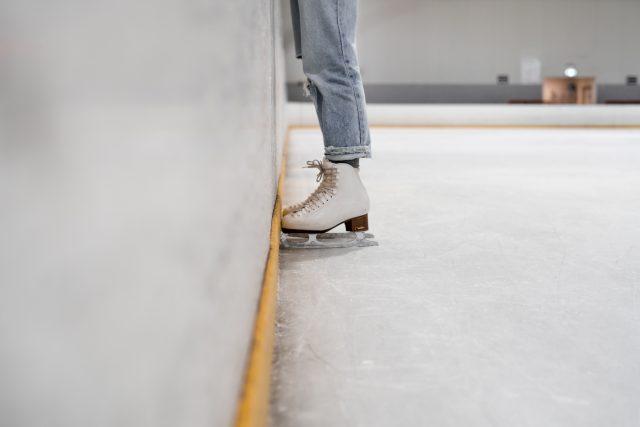 Olahraga untuk Meninggikan Badan - Ice Skating