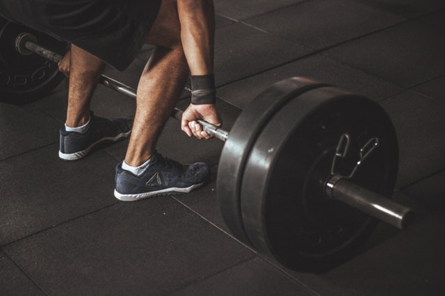Tips Menggemukkan Badan - Olahraga Melatih Kekuatan