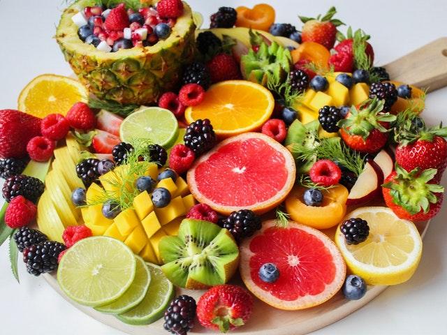 makanan penurun kolesterol - buah-buahan