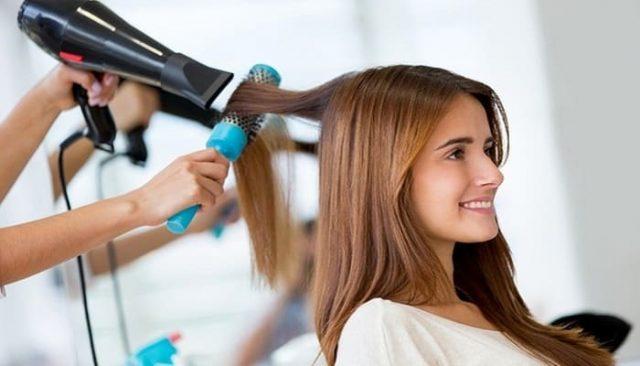 Cara Menebalkan Rambut - Blow-Dry Rambut