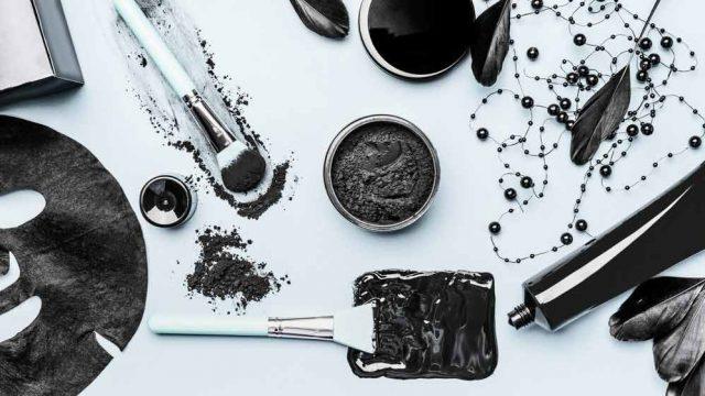 Rahasia Muka Glowing Alami - Gunakan Produk Berbahan Charcoal
