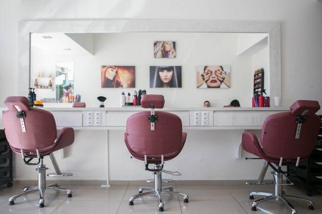 Cara Mengatasi Rambut Mengembang - Perawatan di Salon