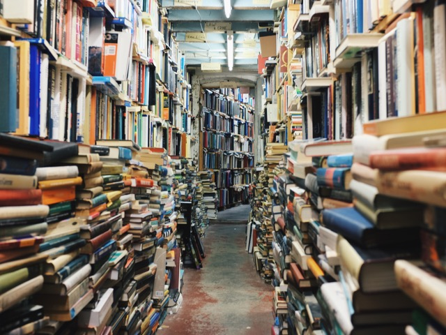 beli murah di toko buku bekas