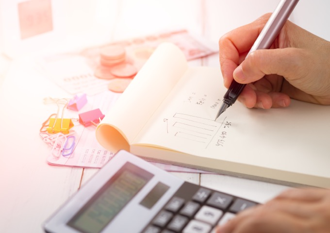 cara mengatur keuangan - mencatat pengeluaran