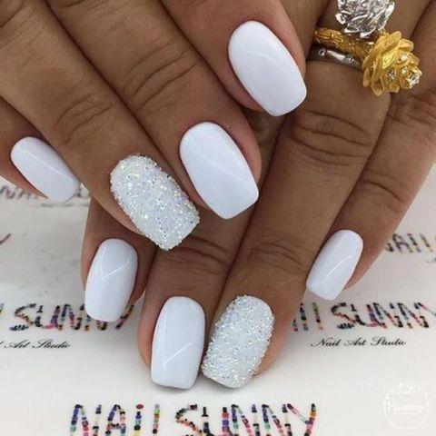 warna kutek yang bagus - putih motif