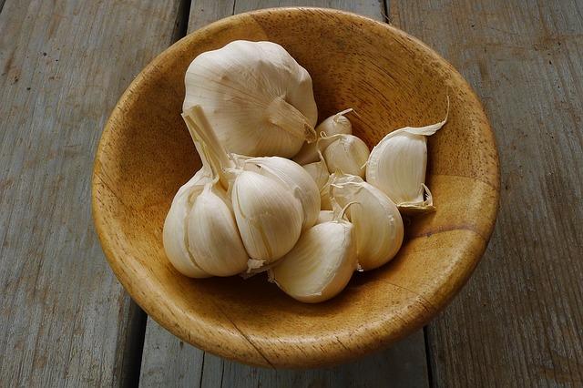 makanan penambah daya tahan tubuh - bawang putih