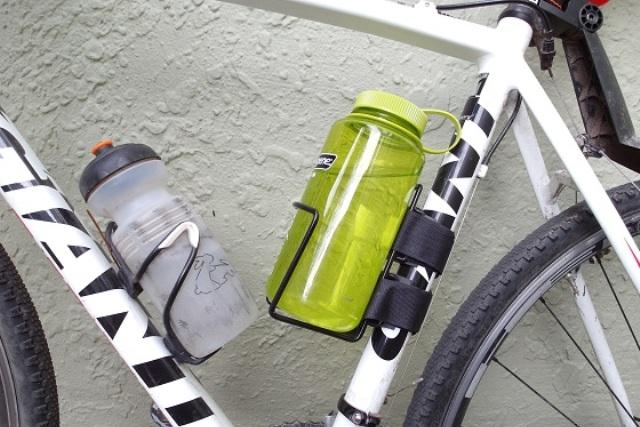 bottle cage sepeda